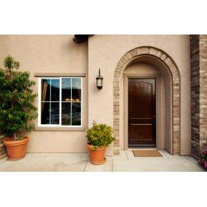 Проверяем качество входной двери>